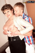 Young first-year student strikes chord with 54-year-old MILF/GILF