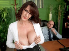 Fucking the titanic titted Mom I'D LIKE TO FUCK who's wearing glasses